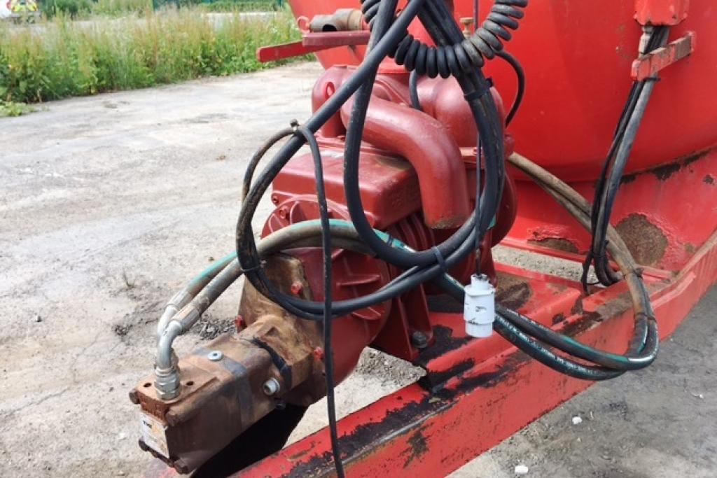 Hi-spec-1350g-tanker-3-1